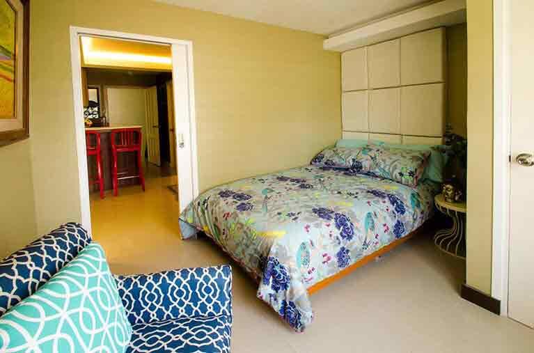 Urban Deca Homes Campville - Bedroom