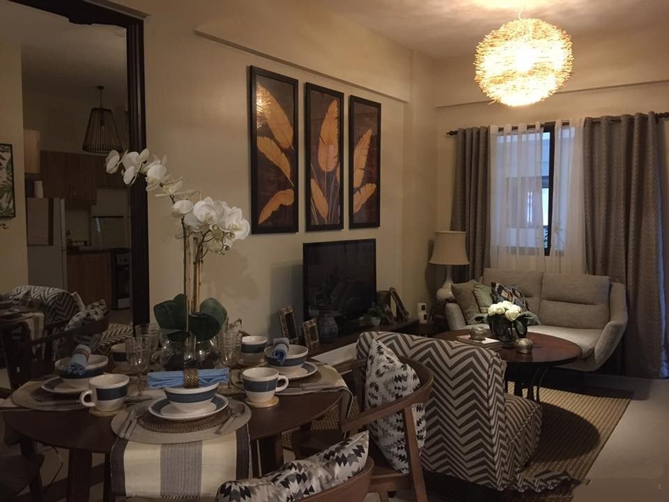 The Atherton - Dining & Living Room
