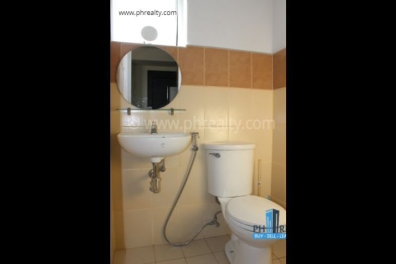 Grand Central Residences - Toilet