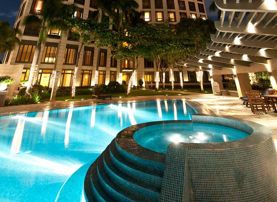 Essensa East Forbes - Swimming Pool