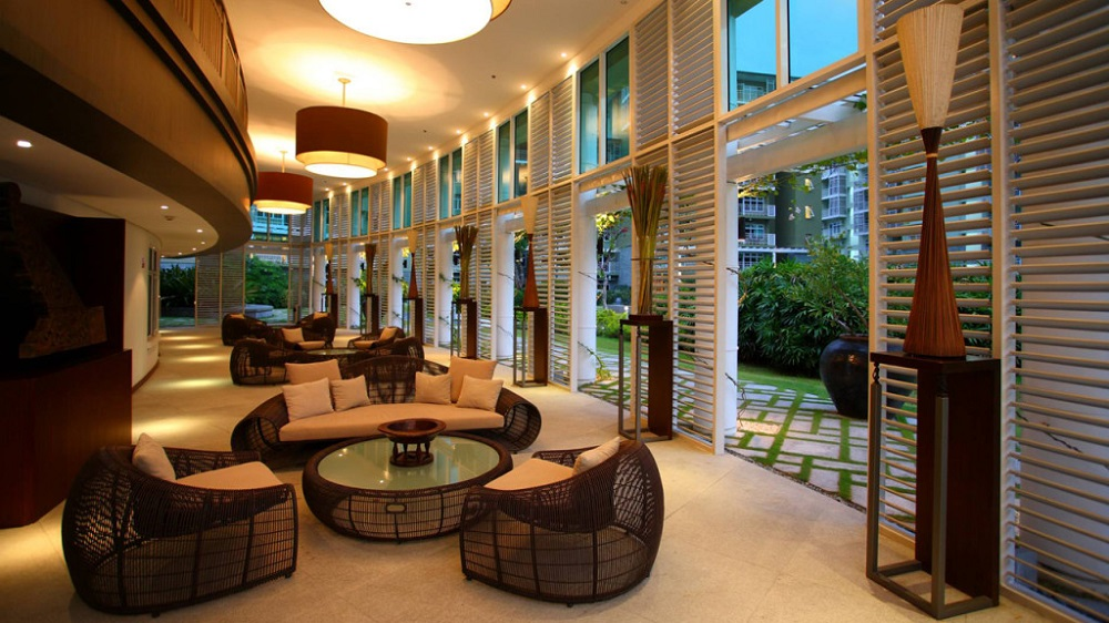 Two Serendra - Lobby