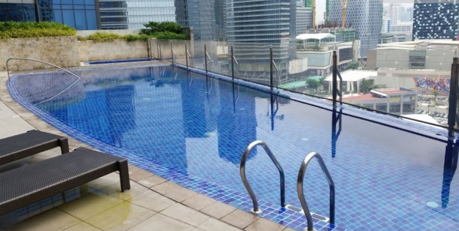 The Icon Residences - Swimming Pool