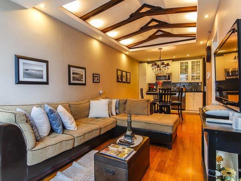 Blue Sapphire Residences - Living Area