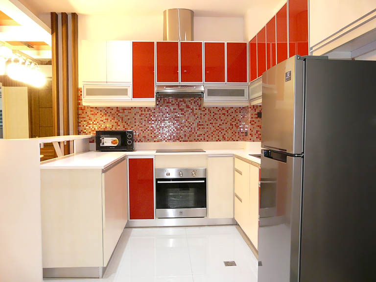 Blue Sapphire Residences - Kitchen