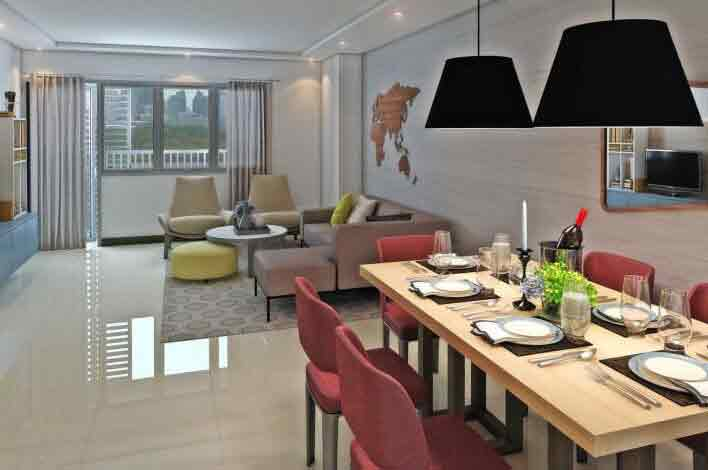 Park McKinley West - Living and Dining Area