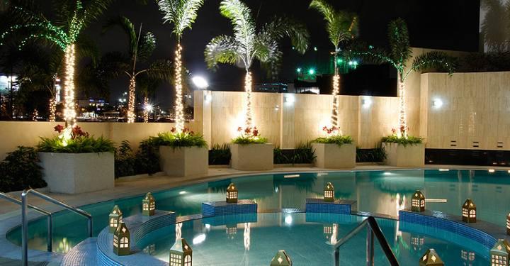 Kensington Place - Swimming Pool