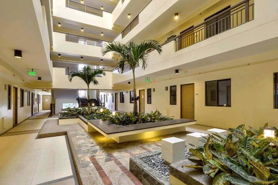 The Orabella - Landscaped Atriums