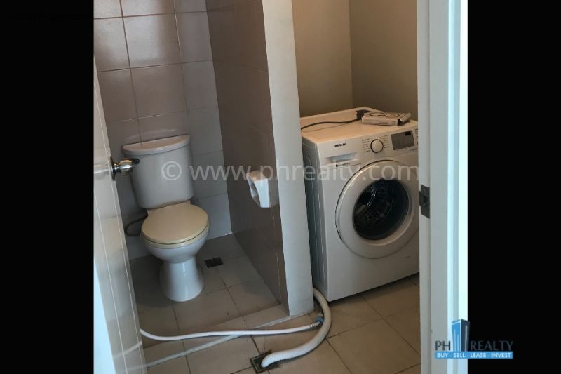 Eton Residences Greenbelt  - Bathroom