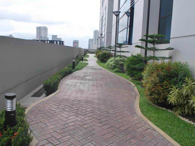 BSA Twin Towers -  Jogging Path