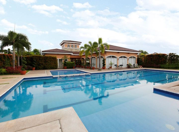 Camella Sta. Maria - Swimming Pool
