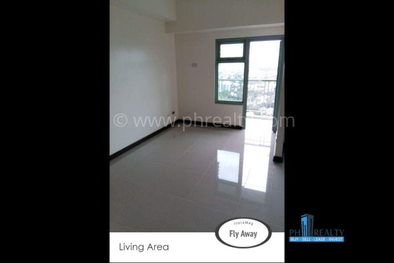 Magnolia Residences  - Living Area