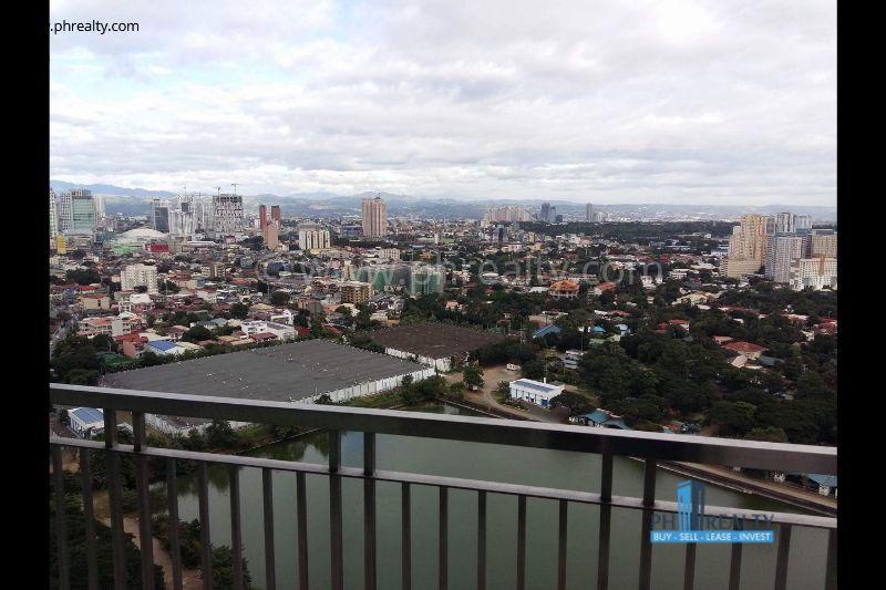 Magnolia Residences  - Balcony