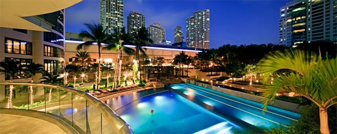 Amorsolo Square Makati - Swimming Pool