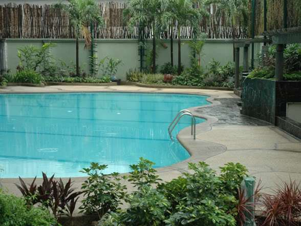 Dansalan Gardens - Swimming Pool