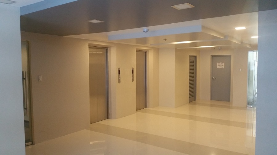 588 Residences - Elevator Lobby