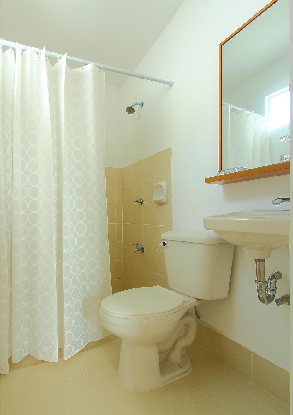 BellaVita Cabanatuan - Bathroom