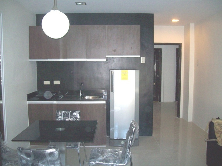 Kassel Residences - Kitchen with Dinning Area