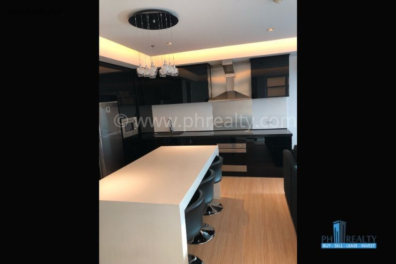 Alphaland Makati Place - Living Room