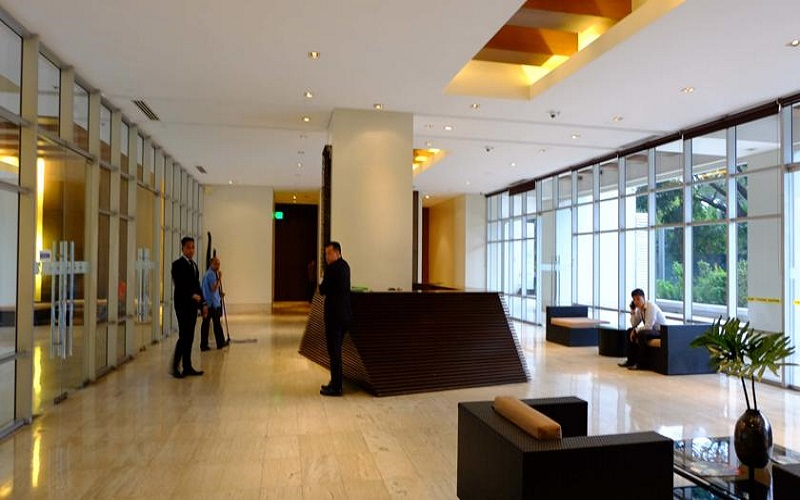 Fairways Tower - Reception Area