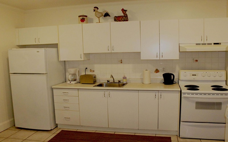 Bright City Center Condominium - Kitchen