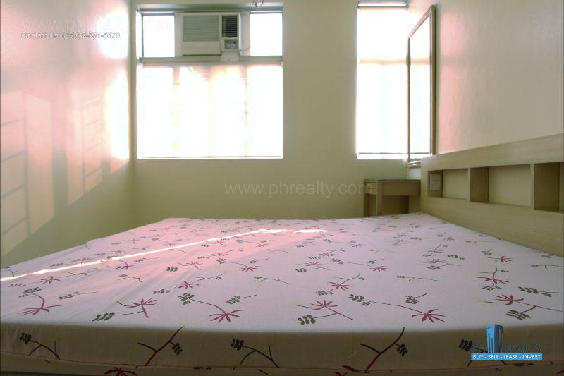 Bright City Center Condominium - Bedroom
