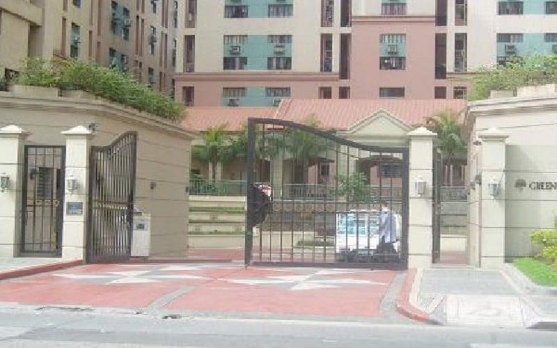Greenhills Garden Square - Entrance Gate