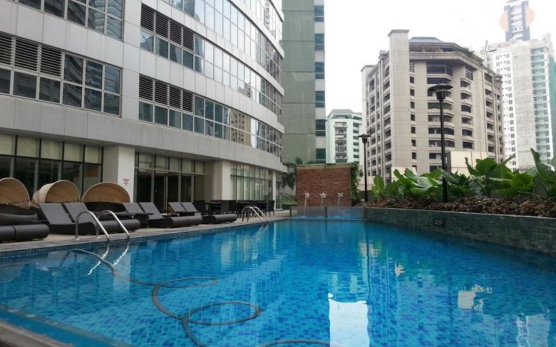 One Legaspi Park - Swimming Pool