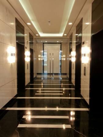 8 Forbestown Road - Elevator