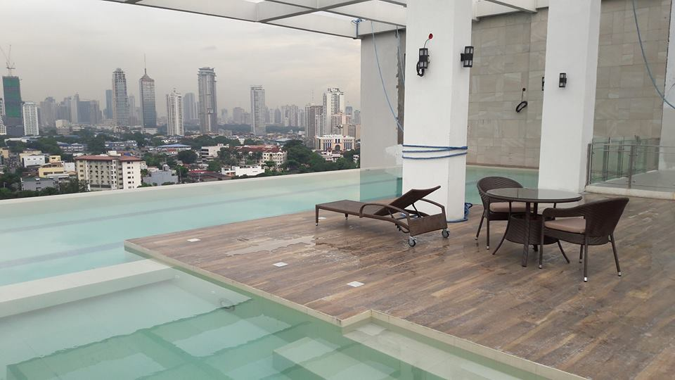 Jade Pacific Residences - Infinity Pool