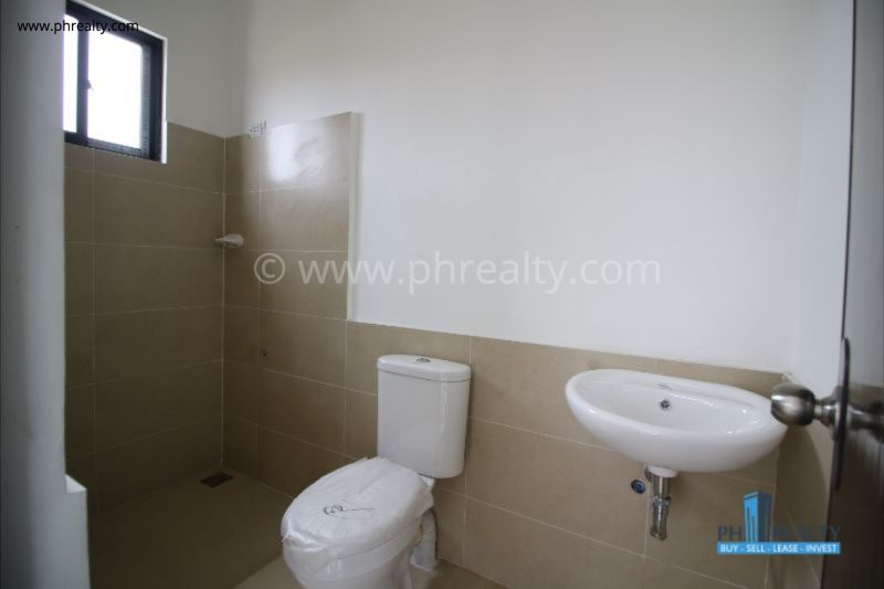 Araya Park Residences - 3 BR - Bathroom