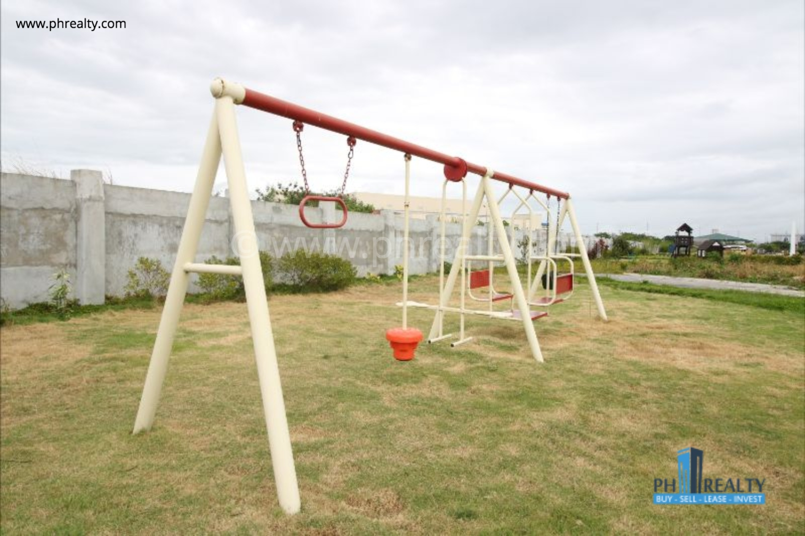Araya Park Residences - Children Playground