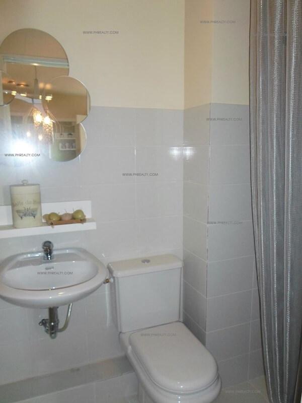 One Spatial Condos - Bathroom