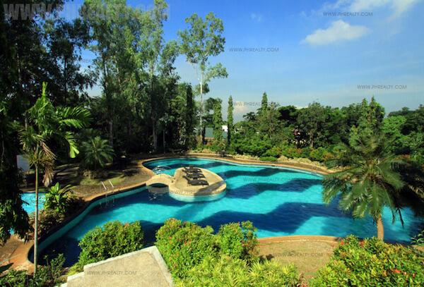 Mission Hills - Pool