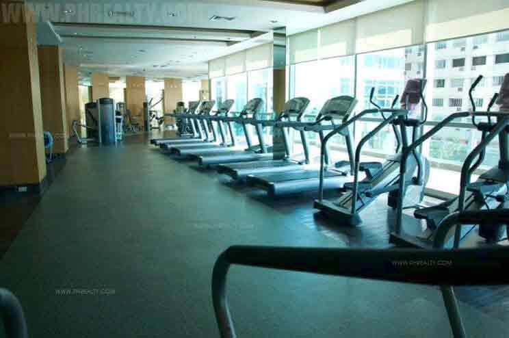 St. Francis Shangri La Place - Gym