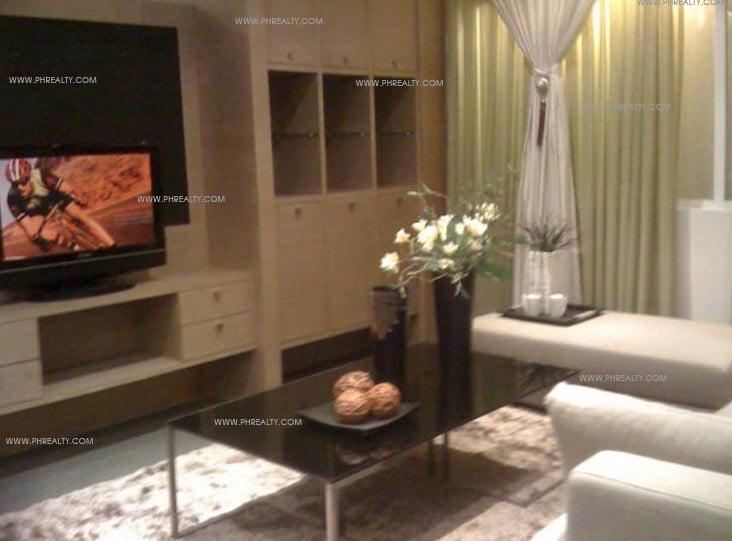 Valero Grand Suites - Living Area
