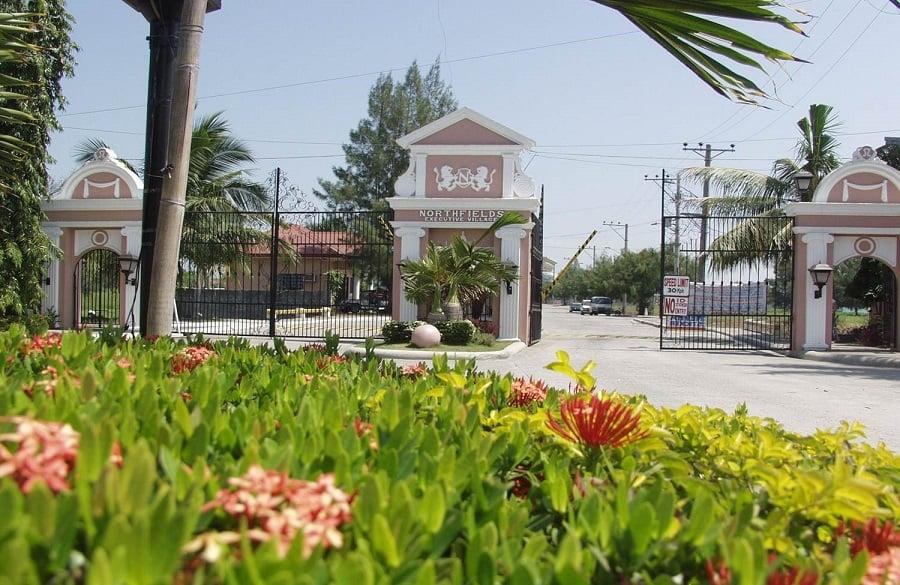 Northfields Executive Village - Entrance Gate