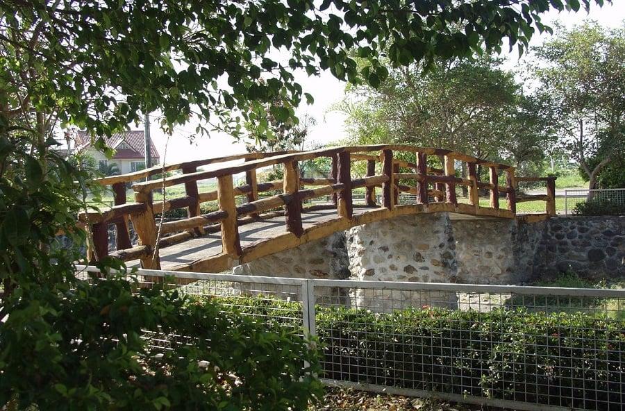 Northfields Executive Village - Lagoon