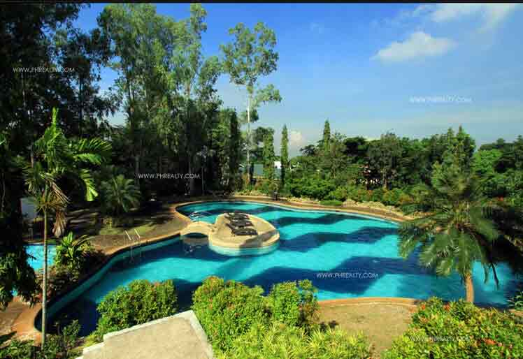 Anila Park - Pool