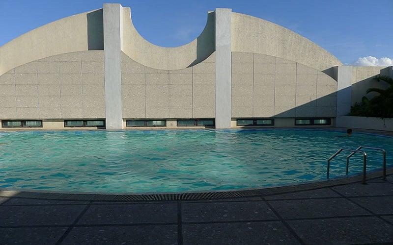 West of Ayala - Swimming Pool