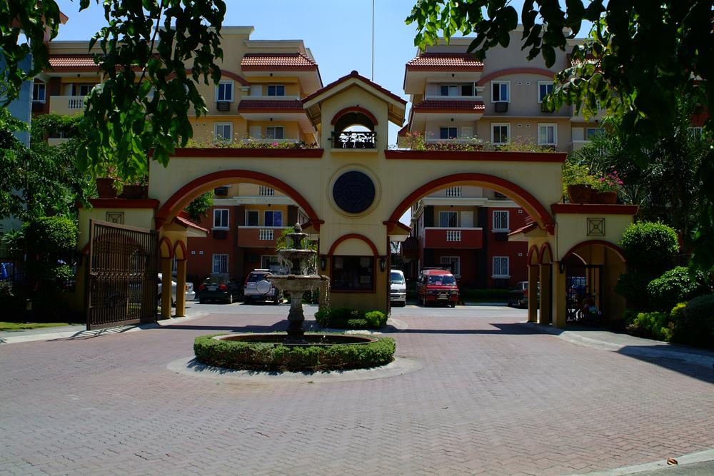 Vista De Lago -  Main Entrance Gate
