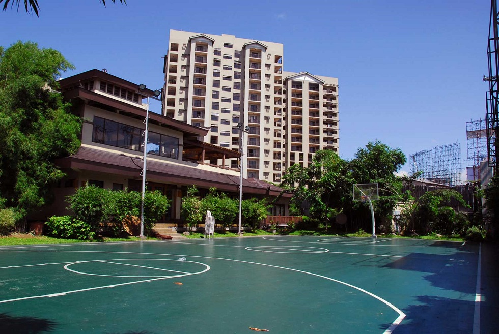 Raya Garden - Basketball Court