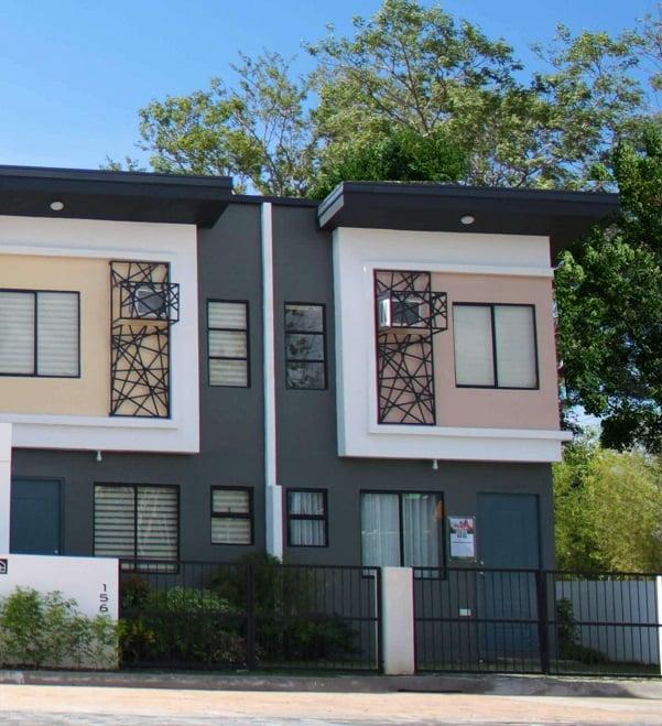 House & Lot In Tanauan Tanza