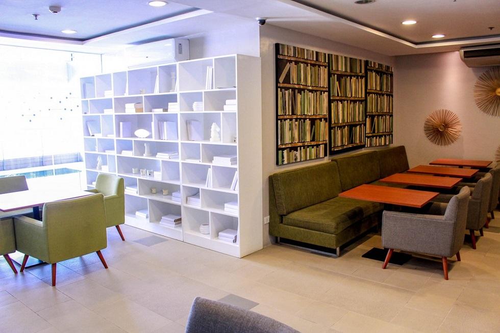 2 Torre Lorenzo - Study Lounge