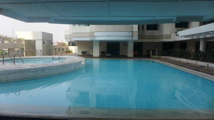Antel Seaview Towers - Swimming Pool