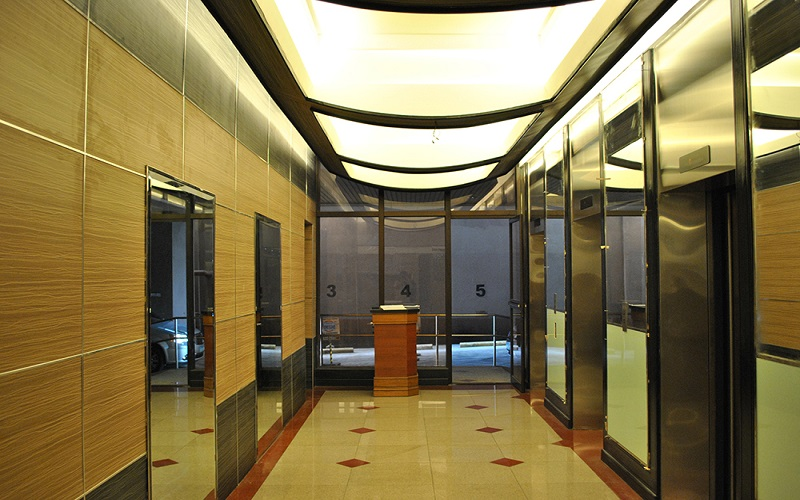 Skyway Twin Towers - Elevator Lobby