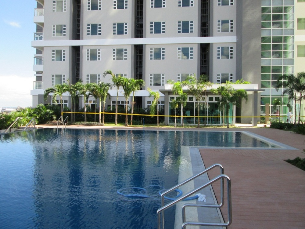 One Pavillion Place - Swimming Pool
