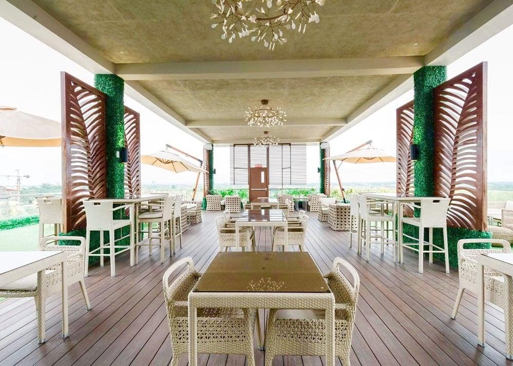 Azon Residences - Rooftop Terrace