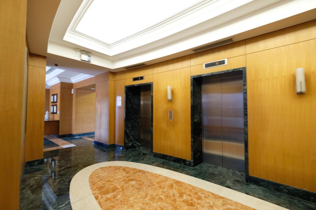 Vivant Flats - Lobby Area