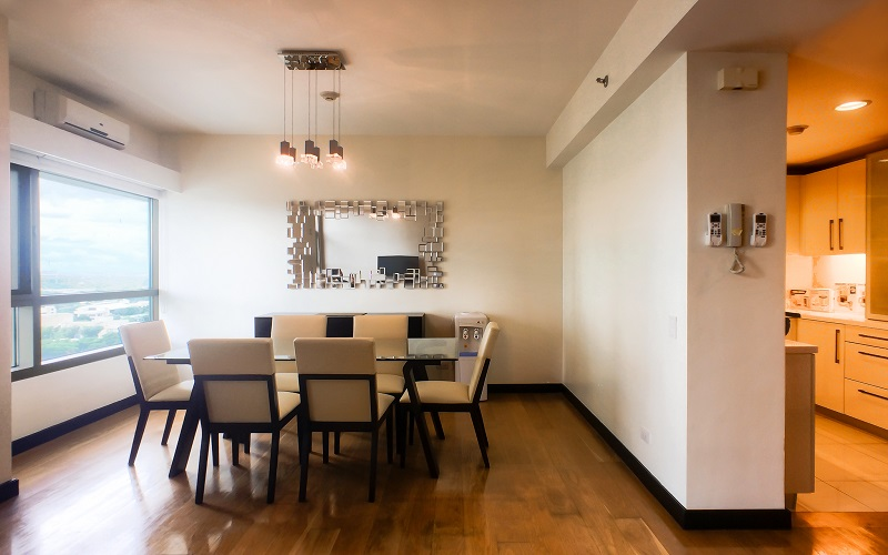 The Residences At Greenbelt - Kitchen with Dinning Area