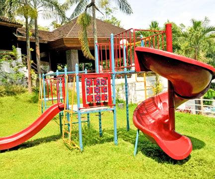 La Marea - Playground